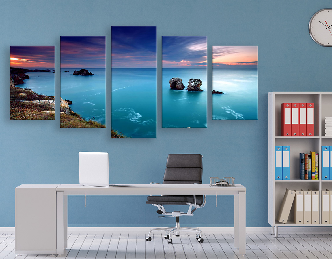 high resolution Clear blue water canvas prints